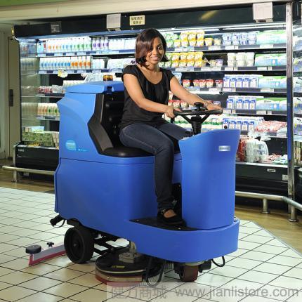容恩R110BT70洗地车价格_容恩驾驶式洗地机 国产洗地机