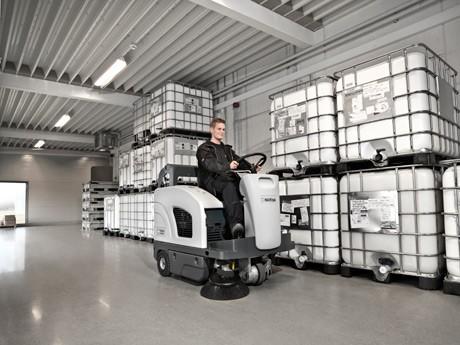 丹麦力奇先进Nilfisk SW4000驾驶式扫地机 进口扫地机